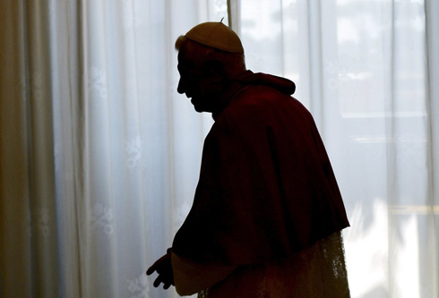 POPE BENEDICT SILHOUETTED FOLLOWING PRIVATE AUDIENCE AT VATICAN
